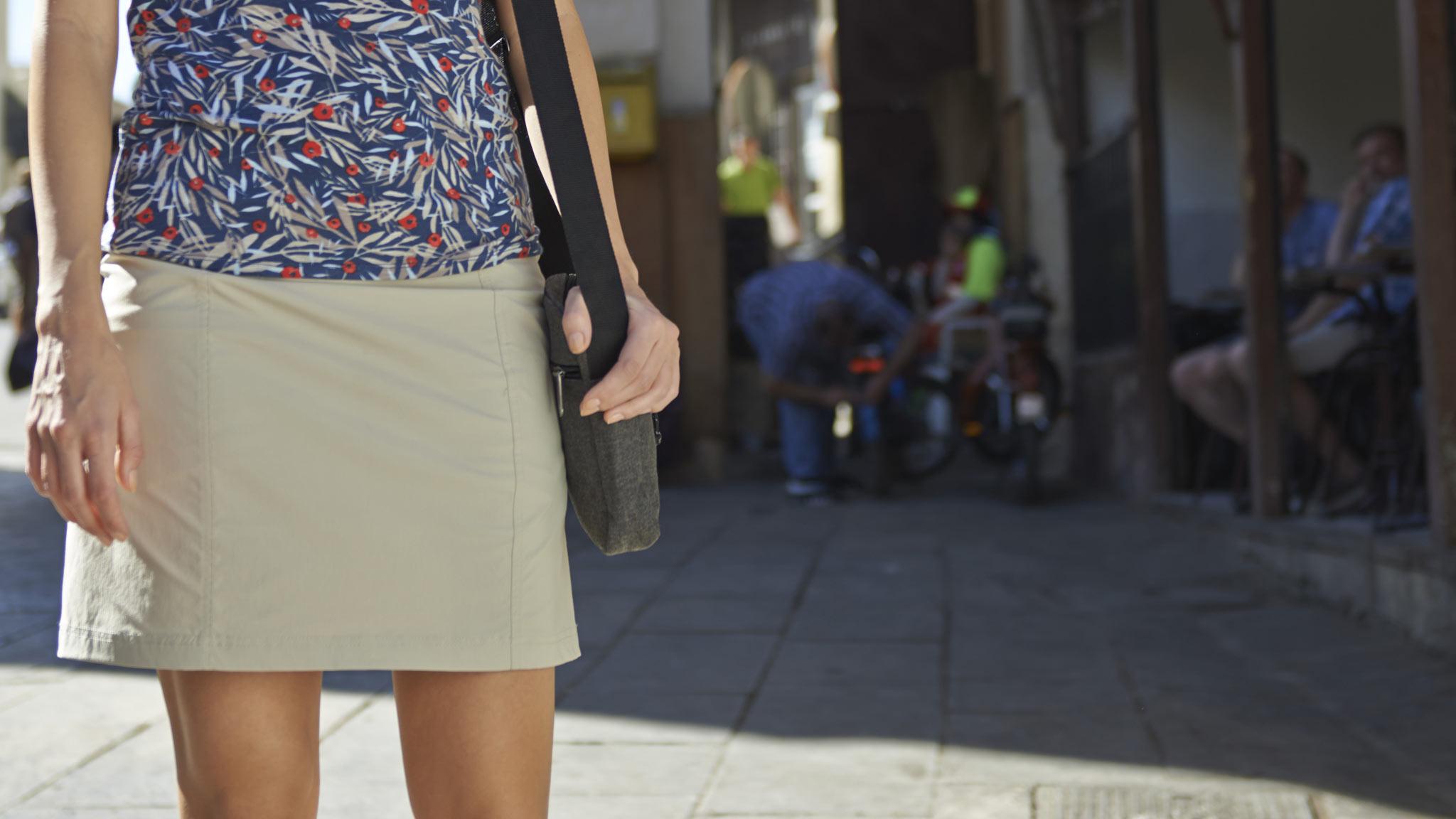 acf7497b43a Nederdele til damer | Køb bl.a. smarte & flotte knælange nederdele her