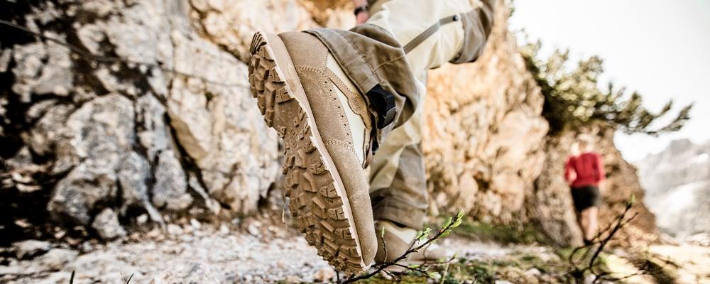 Find vandrestøvlen der passer din fod