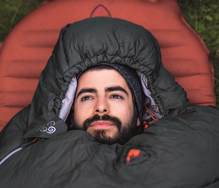 mand i sovepose